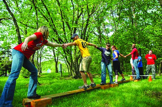 Potosi, MO: Team building activities