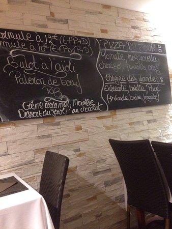 Sene, Франция: Salle de restaurant