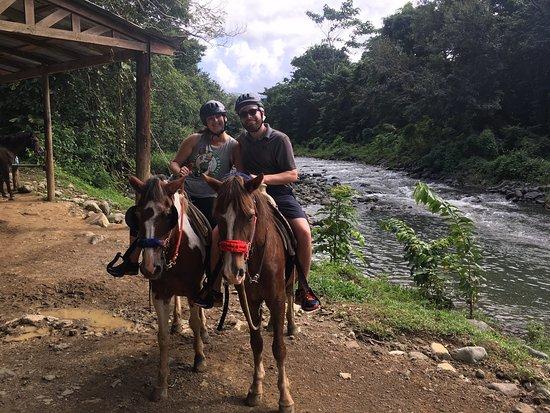 Carabali Rainforest Park: photo0.jpg