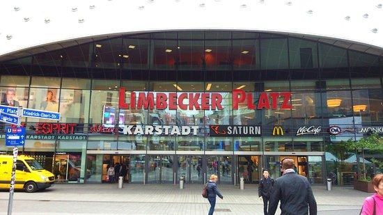limbecker platz essen picture of einkaufszentrum limbecker platz essen tripadvisor. Black Bedroom Furniture Sets. Home Design Ideas