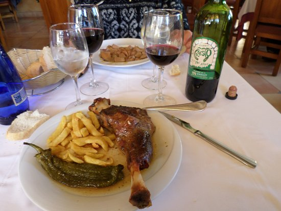 Horta de Sant Joan, España: L'épaule d'agneau............