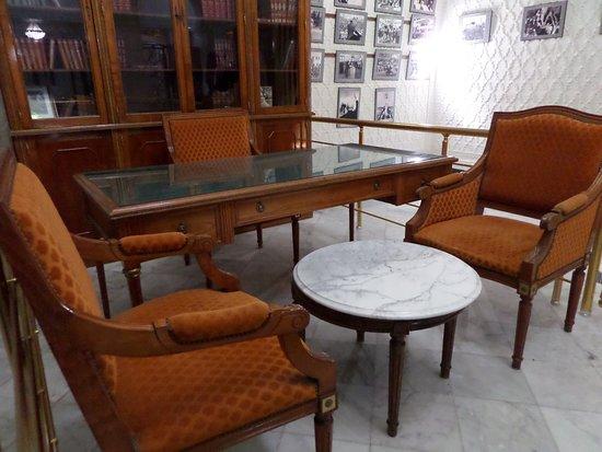 habib bourguiba mausoleum picture of bourghiba mausoleum monastir tripadvisor. Black Bedroom Furniture Sets. Home Design Ideas