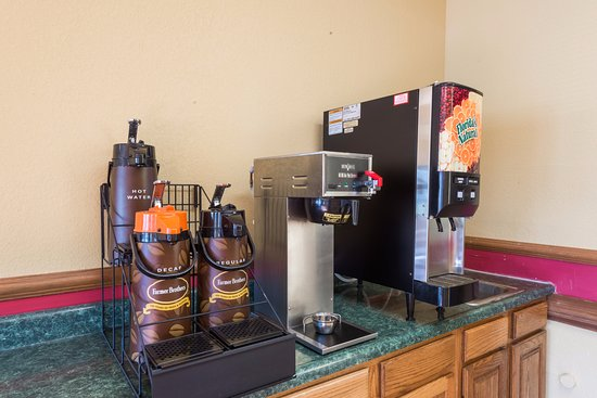 Martinsville, IN: Coffee and Juice Machine