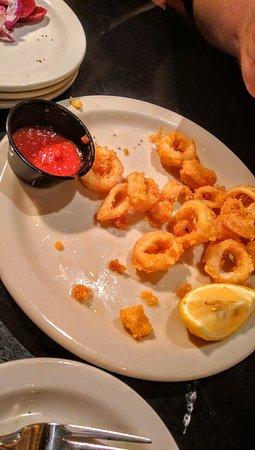 Charleston, Wirginia Zachodnia: Fried Calamari appetizer