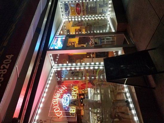Richmond Hill, NY: El Cafetal Columbian Bakery