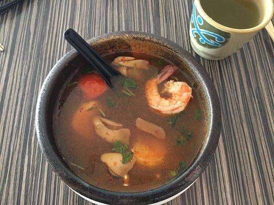 Lighthouse Point, FL: Tom yum shrimp