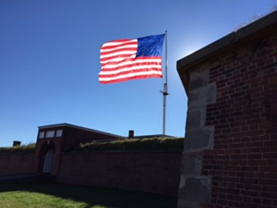 Fort McHenry National Monument: Old Glory