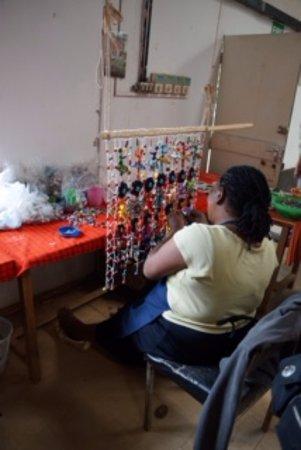 Kazuri Beads Factory: Artist creation