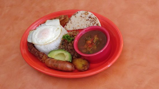Goose Creek, SC: Columbian style food - Bandeja Paisa