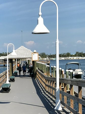 Bradenton Beach, FL: Historic Bridge Street Pier