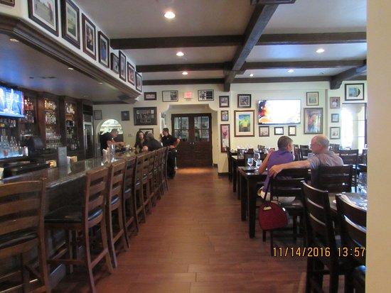La Quinta, CA: Shot of the restaurant.