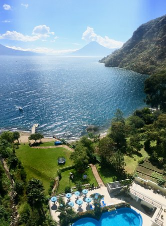 Hotel La Riviera de Atitlan: 12th floor apartment view!