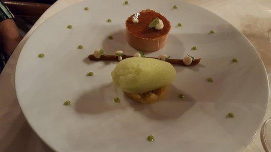 Lacave, فرنسا: Foie gras starter