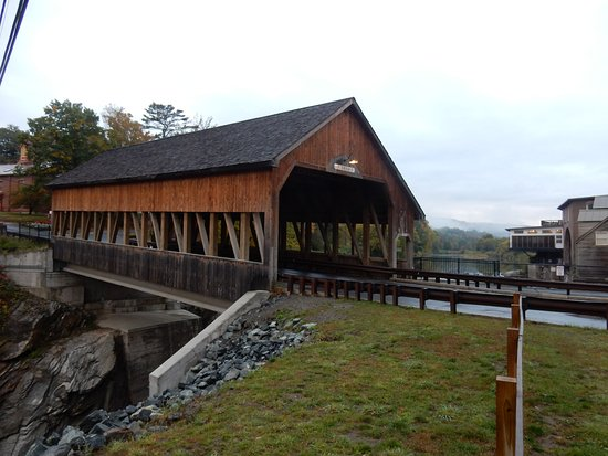 Quechee Coverred Bridge