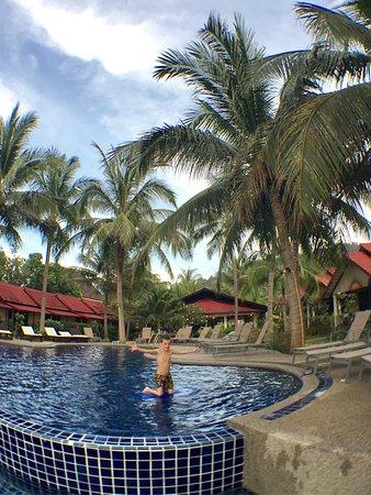 Noble House Beach Resort: photo1.jpg