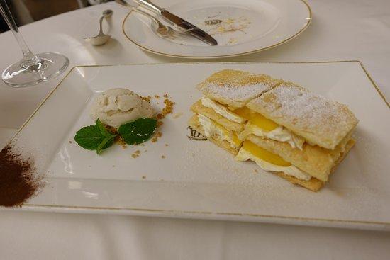 Cafe Cova, Hong Kong: napoleon