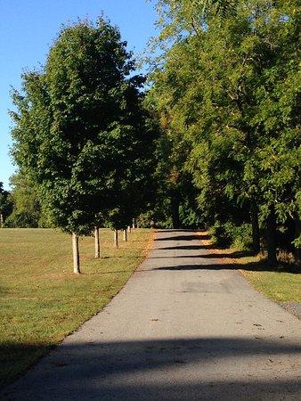 Staatsburg, Νέα Υόρκη: Mansion walk