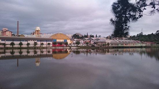 Araucarias Lake