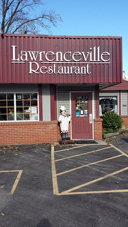Lawrenceville Restaurant: Main entrance off of Niagara Stone Road