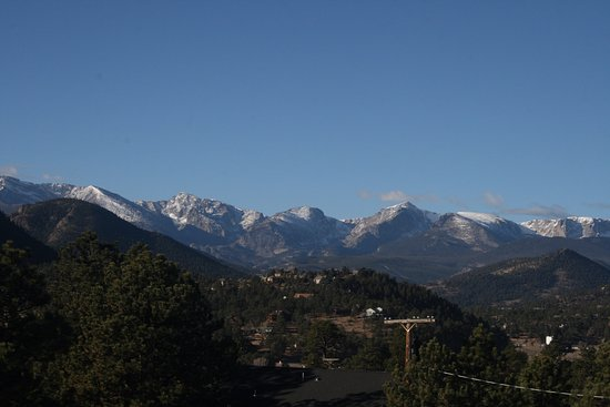 Hotel Estes : Looking toward the mountains from our hotel balcony.