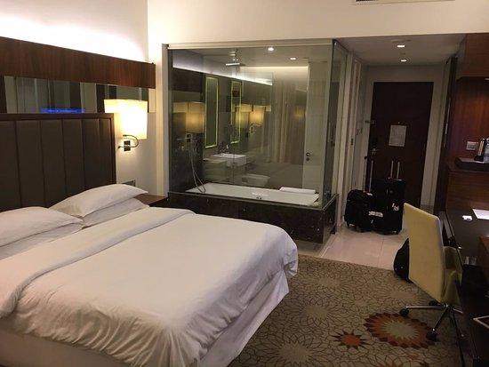 Sheraton Dubai Mall of the Emirates Hotel: apartamento