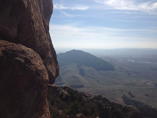 Bishop Peak: Looking down at the summit of Cerro San Luis to the south.