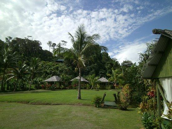 Korovisilou, Fiyi: Bure 1 -3