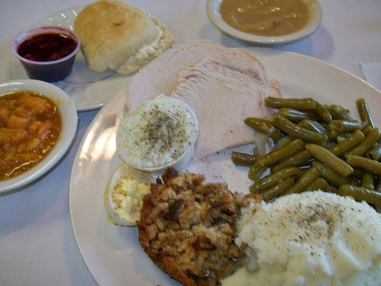 Butler, TN: Turkey dinner at Thanksgiving