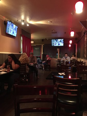 Moreno Valley, CA: Interior scene; pad Thai with chicken and pineapple fried rice with chicken.