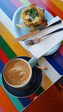 Coffee and spinach filo