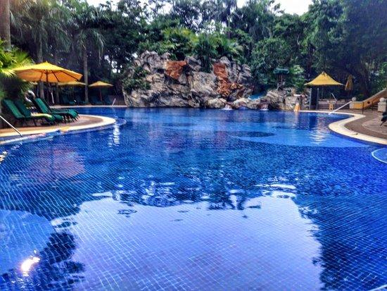 Grand Lapa Macau: outdoor pool
