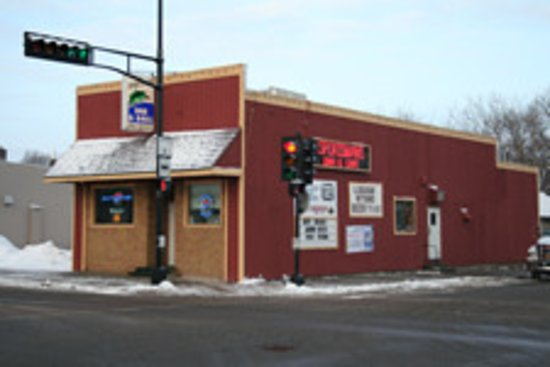 Somerset, WI: Sportsman Bar & Grill