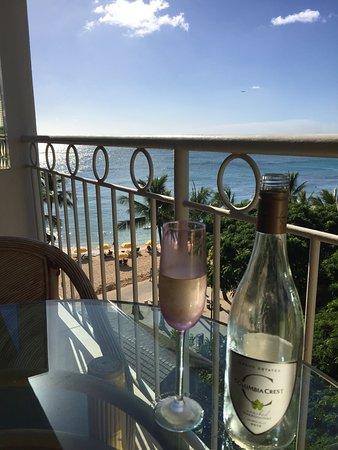 Waikiki Shore: photo1.jpg