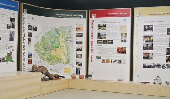 Galbiate, إيطاليا: Pannelli info-illustrativa relativi al Parco Regionale del Monte Barro