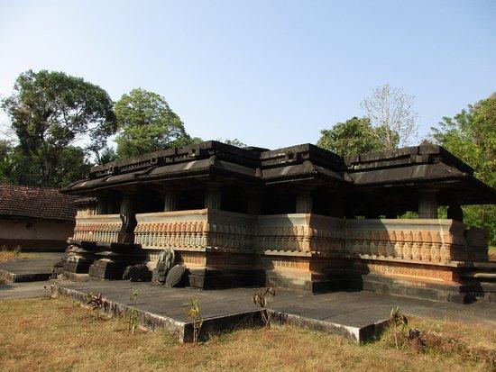 Sagara, India: Ramesvara temple