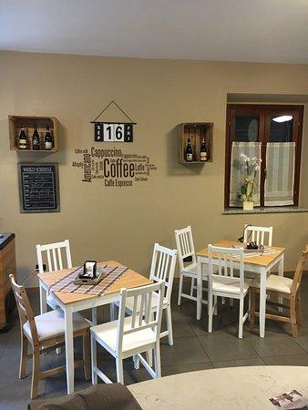 Quattordio, Italy: Caffetteria Osteria La Canonica