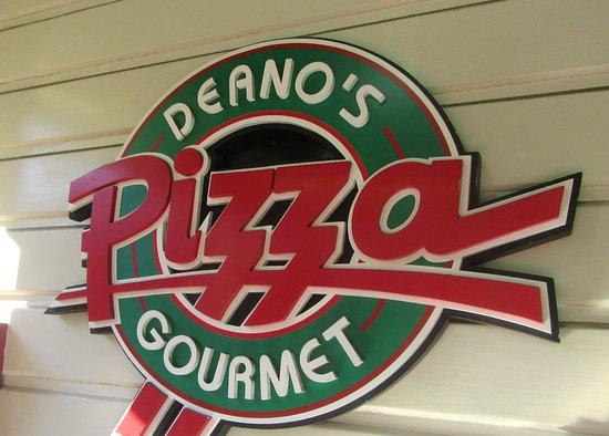 Deanos Gourmet Pizza : Deano's Gourmret Pizza. Farmer's Market, Los Angeles, CA