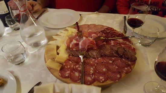 Camerino, Italia: Antipasti