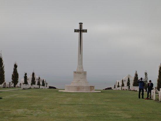 Cobbers Battlefield Tours : War Memorial