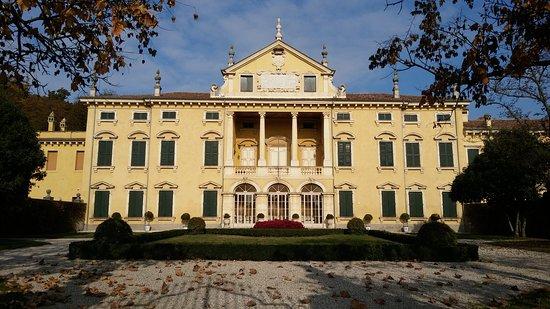 Valeggio Sul Mincio, Italy: Villa Sigurtà