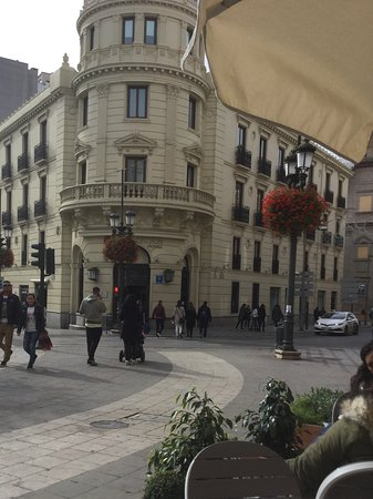 NH Collection Granada Victoria: View of hotel from coffee bar we used a lot.