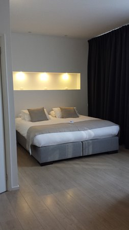 AMS Suites: Room 2b