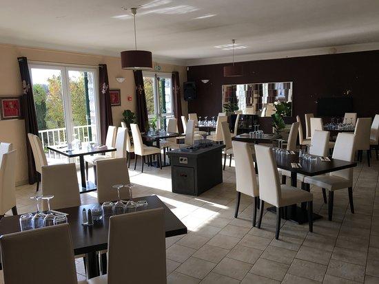 Montauroux, France: Salle du restaurant