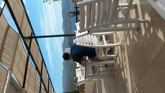 Hideaway Hotel: IMG-20161115-WA0002_large.jpg