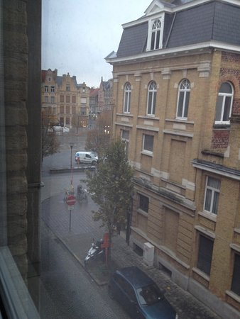 Hotel O Ieper - Grote Markt: view from our window
