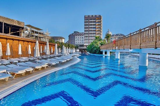 Kleiner Kühlschrank Saturn : Feines strandhotel in lara saturn palace resort antalya