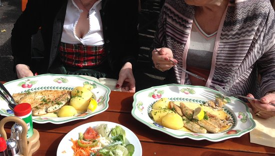 Seehausen am Staffelsee, Germania: Saiblingsfilet gebraten