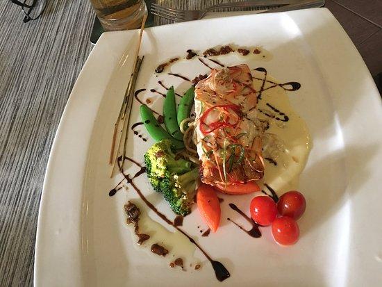 Red Sky Restaurant and Bar: photo1.jpg
