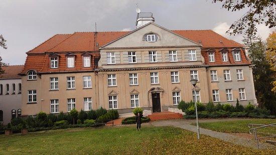 Gryf: Jeden z budynków kompleksu