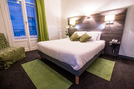 chambre double picture of l 39 actuel restaurant chambery tripadvisor. Black Bedroom Furniture Sets. Home Design Ideas